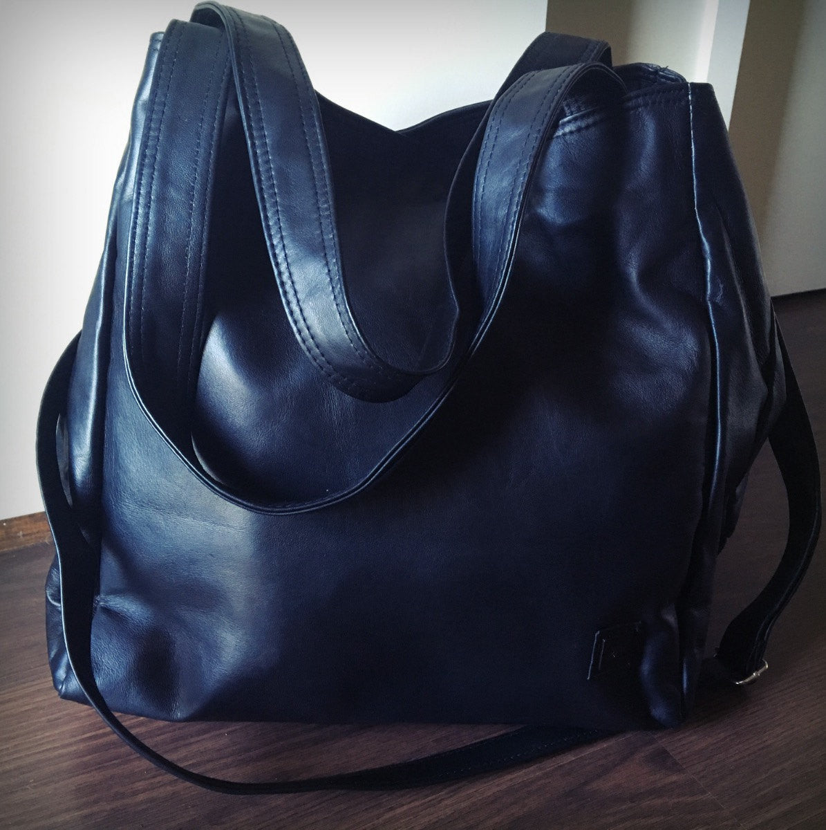 The Gigi - Extra-large handmade genuine leather square shaped tote bag