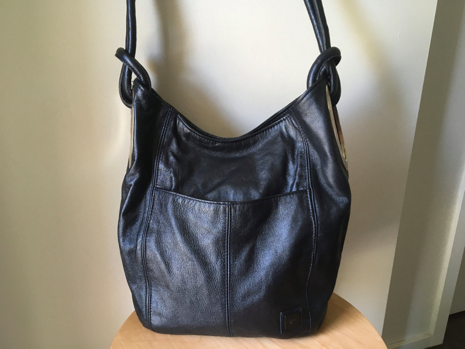 The Montana-Real leather shoulder tote bag So stylish and elegant with oval side holes.