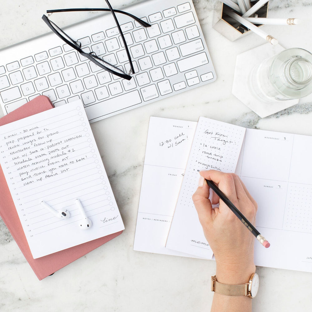 Personalised Weekly Planner | Statement Black - The Luxe Gift Co.