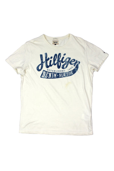Tommy Hilfiger spellout t shirt M
