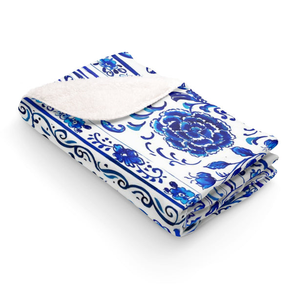 Blue & White Chinois Fleece Sherpa Blanket