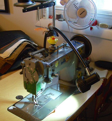 Adler 067 Industrial sewing machine with uberlight