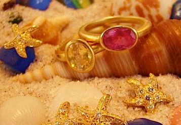 Pink and Yellow Sapphire yellow gold rings