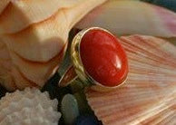Coral bezel set Yellow gold Ring