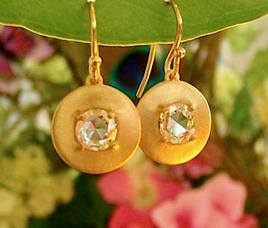 Rose cut Diamond and 18 kt yellow gold earrings