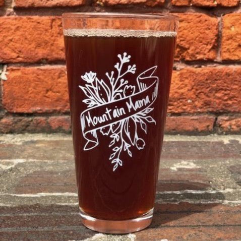 Mountain Mama - 20 oz Beer Glass