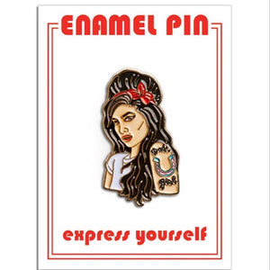 AMY WINEHOUSE ENAMEL PIN