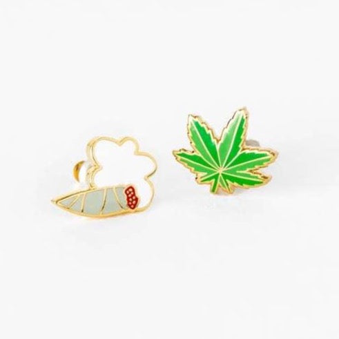 WEED TOKER EARRINGS
