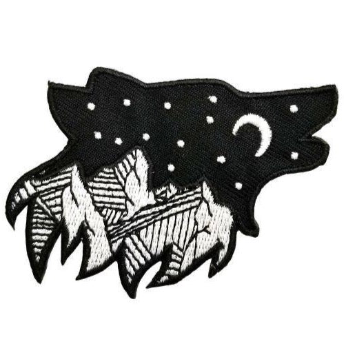 NIGHT SKY WOLF WITH MOUNTAINS PATCH