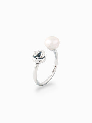 Elize Pearl & Knot Ring |  Ring XX