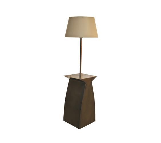 Sonoma End Table with Integrated Lamp
