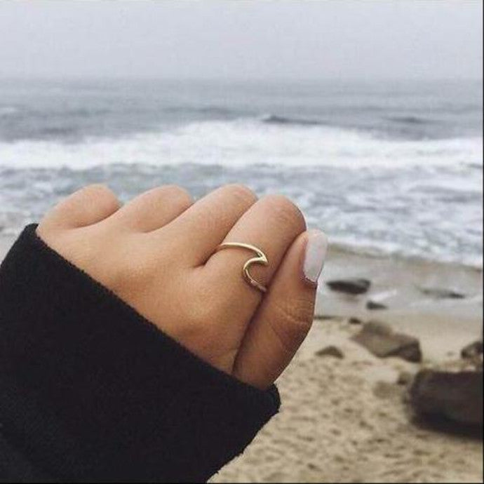 Ocean Wave Ring - Miss Maliboo
