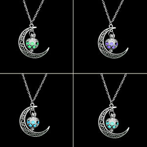 Glowing Crescent Necklace - Miss Maliboo