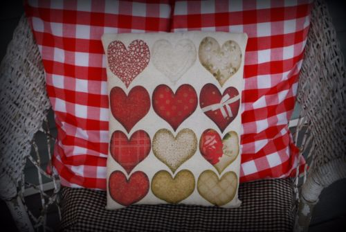 Valentines day quilt heart pillow patterns primitive love calico plaid