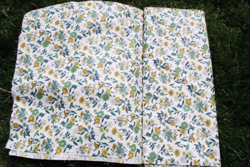 Old Antique daisy floral calico on the bolt vintage primitive yardage sewing