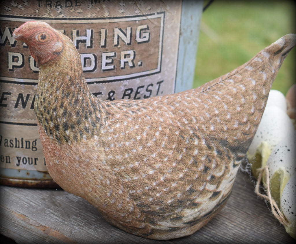 Primitive small brown hen chicken cupboard tuck <3 She's so sweet!