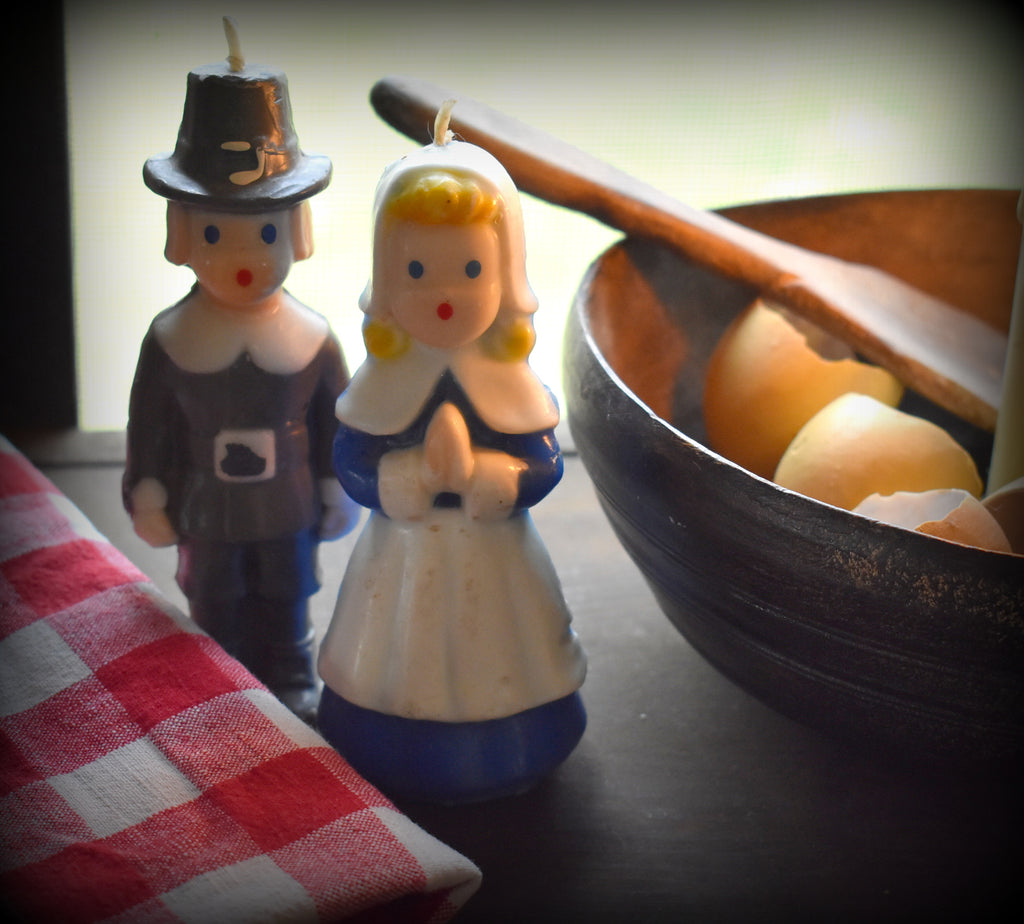 Rare Gurley pilgrim Man and Woman Thanksgiving couple candles