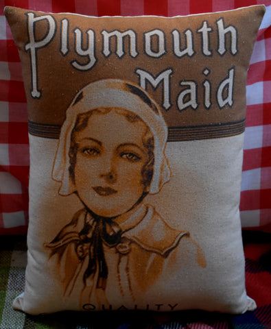 Happy Thanksgiving dinner Plymouth woman pilgrim antique label throw pillow