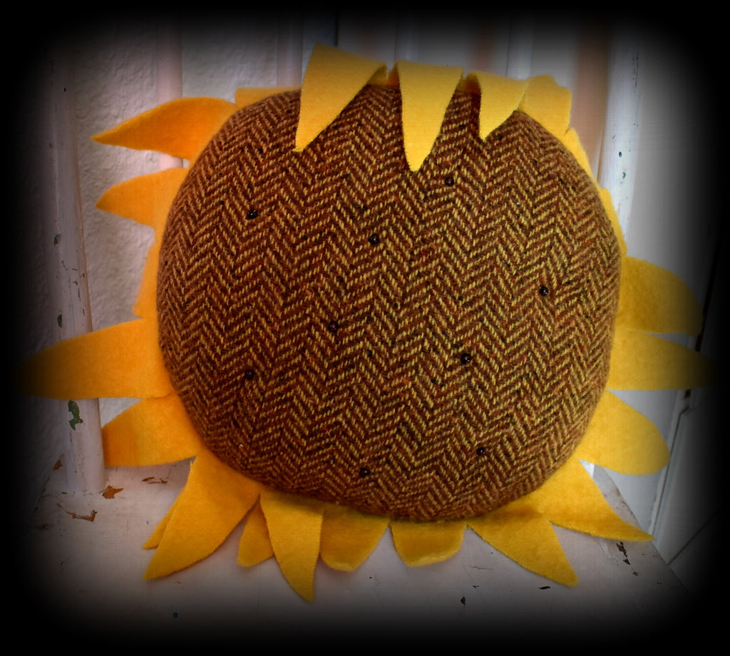 The happiest giant sunflower head pillow :)