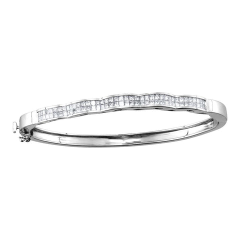 14kt White Gold Womens Princess Diamond Double Row Wave Bangle Bracelet 2.00 Cttw