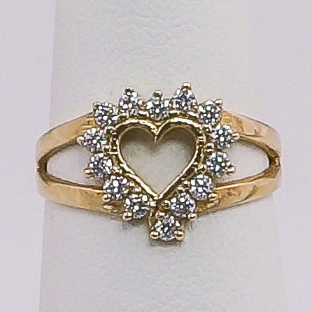 10K Yellow Gold Small Heart CZ Cluster Ring Size 7