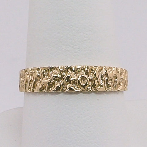 10K Yellow Gold Nugget Ring Size 9