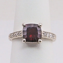 14K White Gold Amethyst and Diamonds Ladies Ring