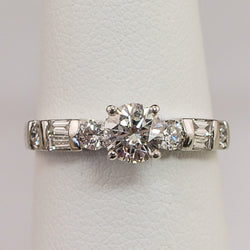 18K White Gold Diamond Engagement Ring Center 5/8 TW 80PT
