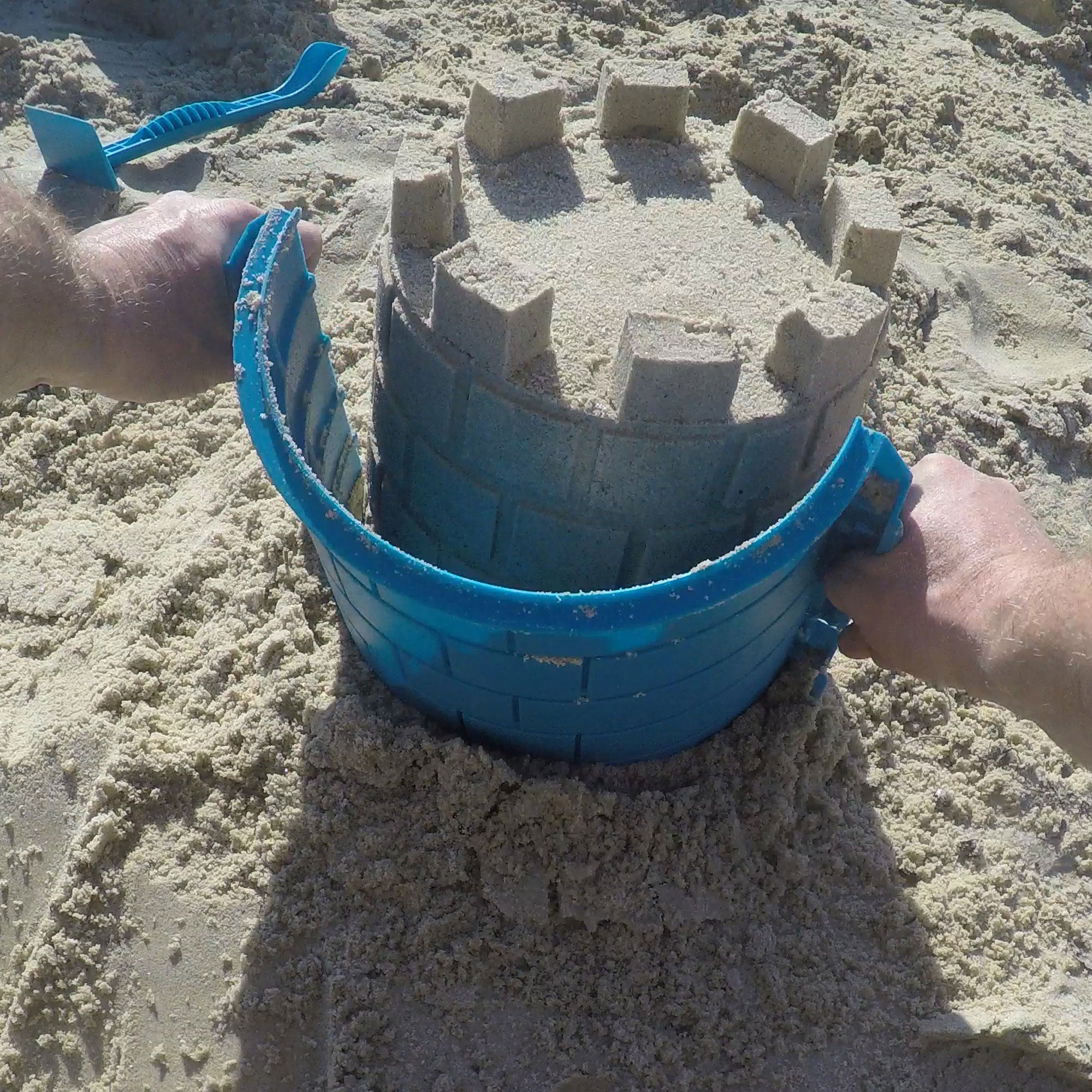 CREATE A CASTLE BASIC TOWER KIT