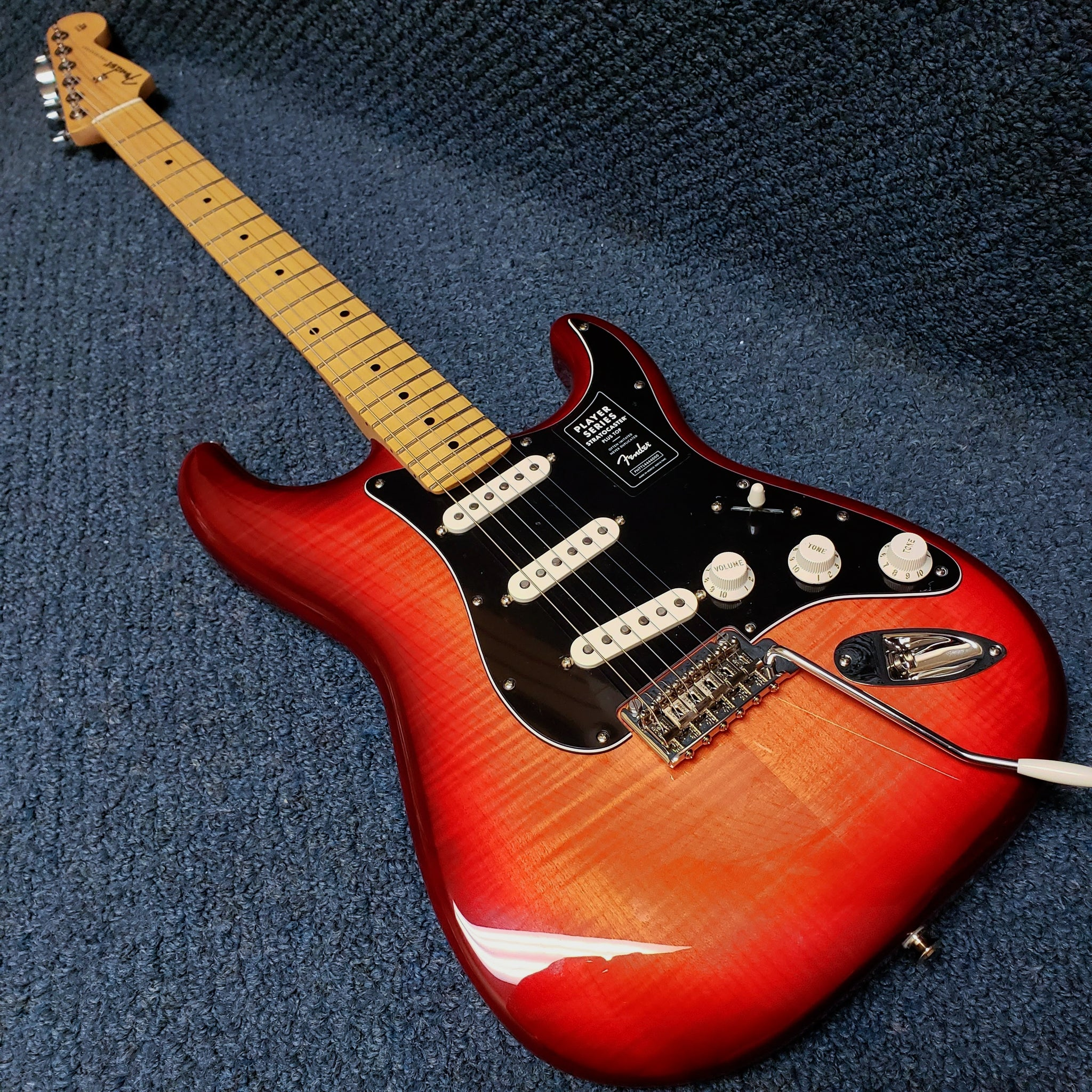 NEW Fender Player Series Stratocaster (+ Top) Electric Guitar