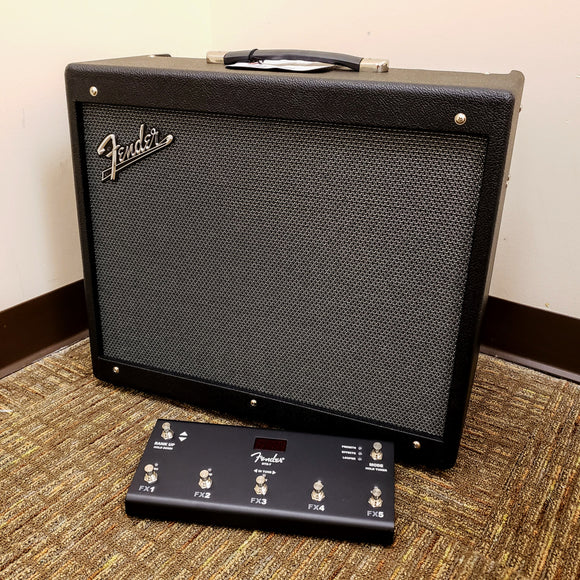 NEW Fender Mustang GTX100 - 100 watt Guitar Amplifier w/ Footswitch