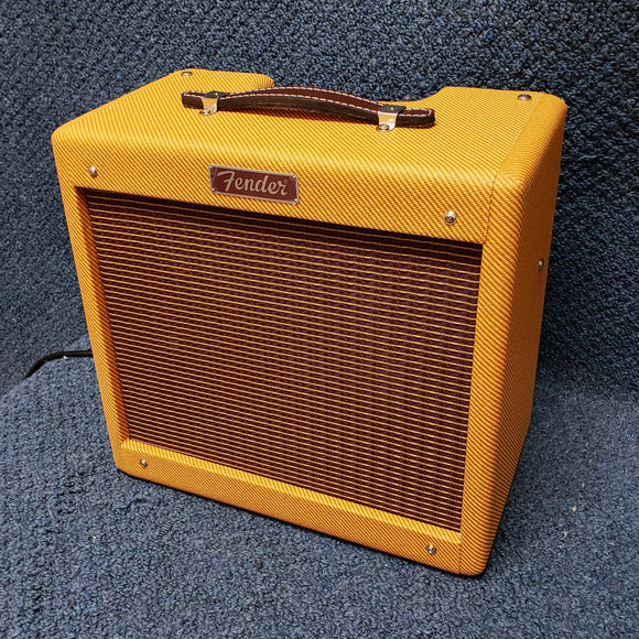 NEW Fender Pro Junior IV Ltd Tweed Electric Guitar Combo Amplifier