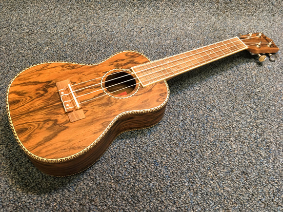 NEW Amahi UK-445C Bocote Ukulele Uke With Bag and Pick