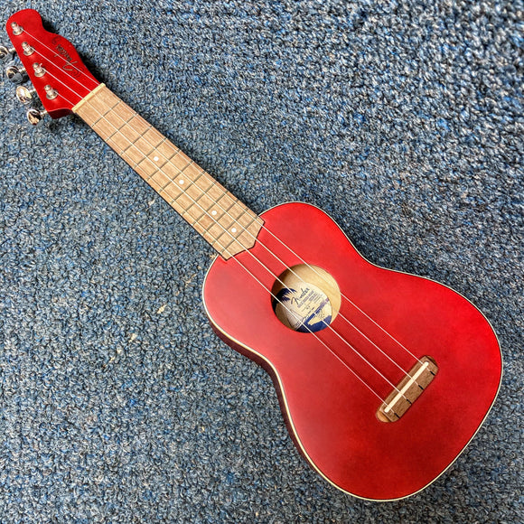 NEW Fender Venice Soprano Ukulele - Cherry Red