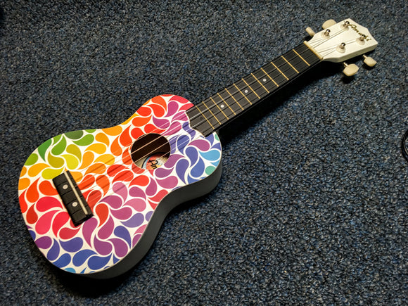 NEW Amahi DDUK3 Rainbow Flower Ukulele w/ Bag