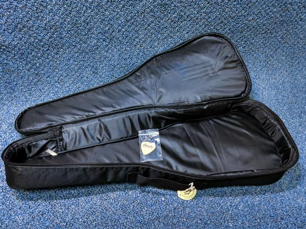 NEW Amahi UK-990C Ebony Ukulele Uke With Bag and Pick