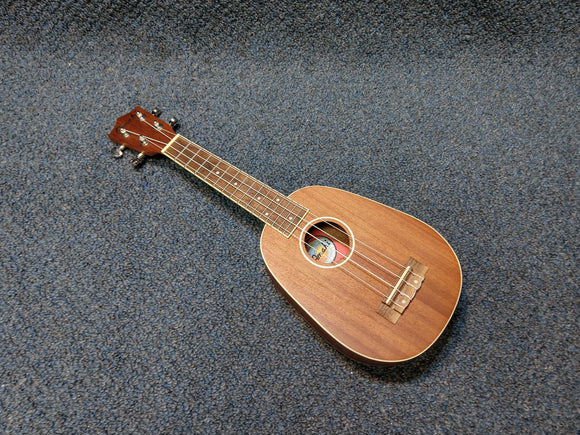 NEW Amahi UK-217PN Mahogany Pineapple Soprano Ukulele W/ Bag