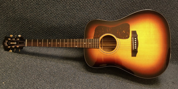 NEW Guild D40 Traditional Acoustic Guitar in Antique Sunburst w/ Hardshell Case