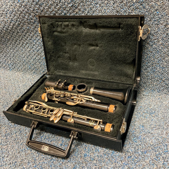 Vito ResoTone 3 Bb Clarinet w/ Case
