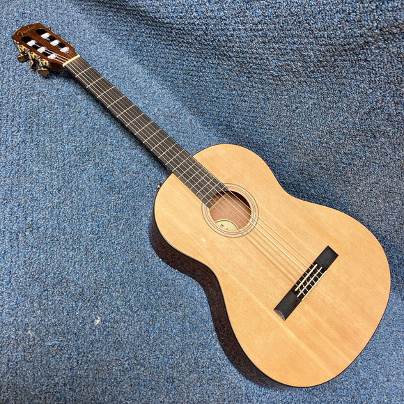 NEW Fender CN60S Classical Guitar Natural