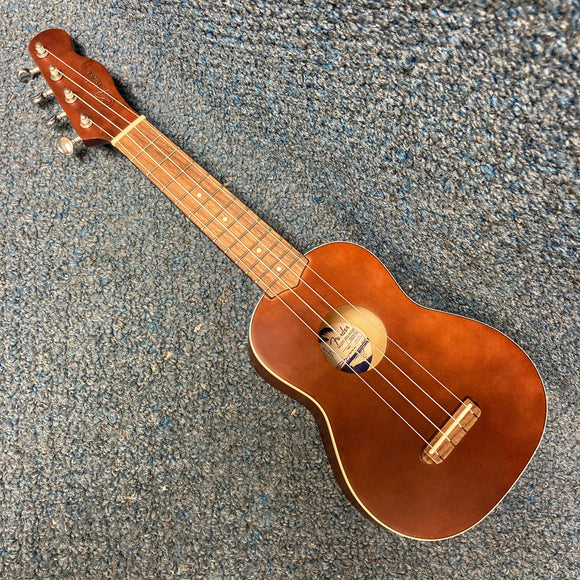 NEW Fender Venice Soprano Ukulele Natural