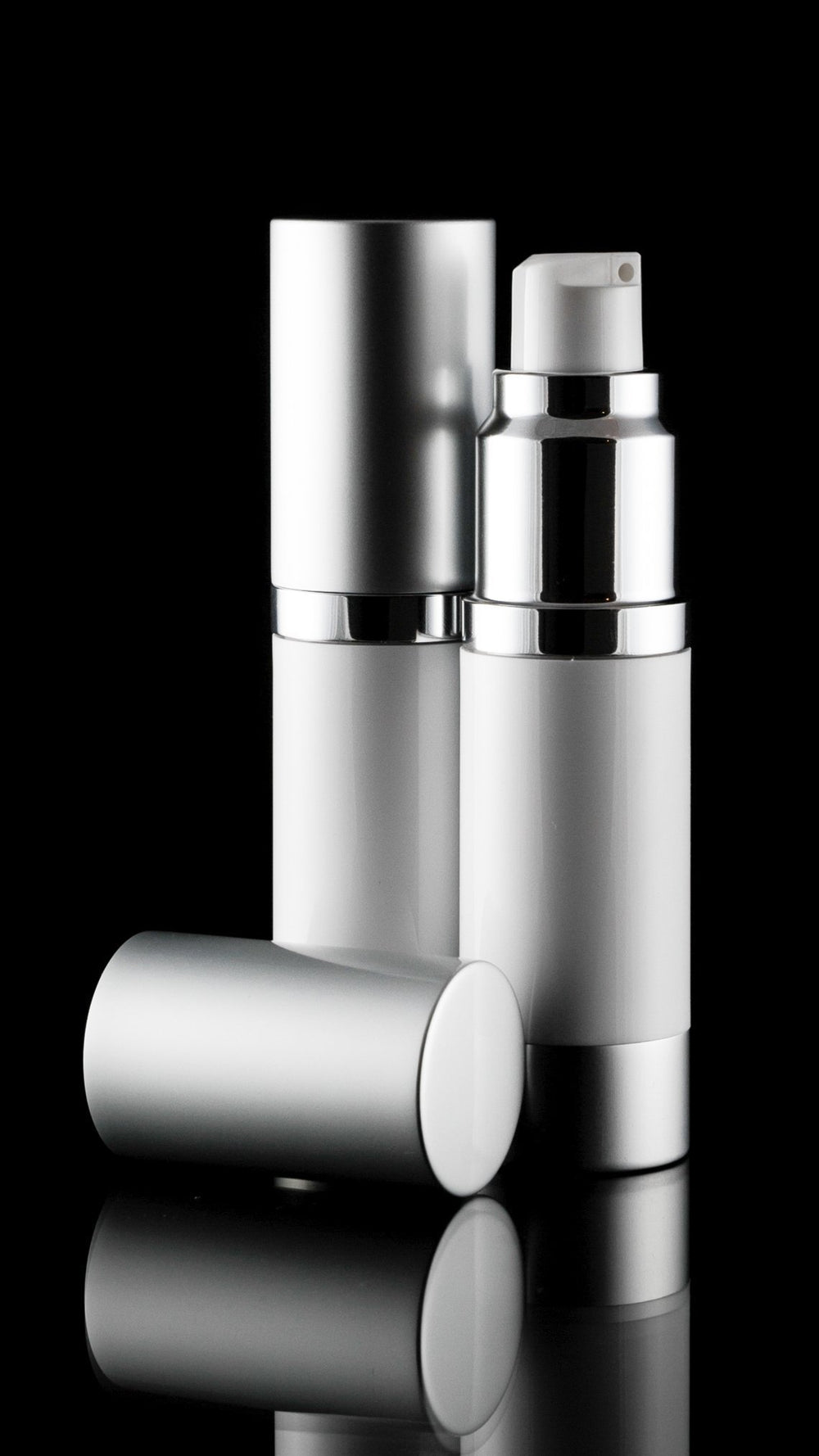 Airless Pump Bottle - Luxe 15 ML Airless Bottle Matte Silver With White Bottle