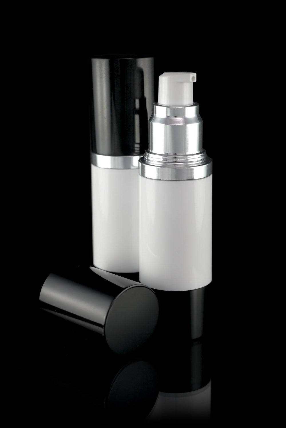 Airless Pump Bottle - Luxe 30 ML Airless Bottle Glossy Black With White Bottle