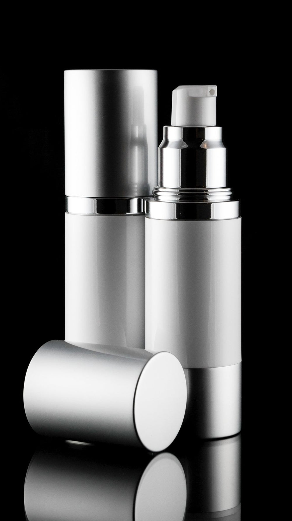 Airless Pump Bottle - Luxe 30 ML Airless Bottle Matte Silver With White Bottle