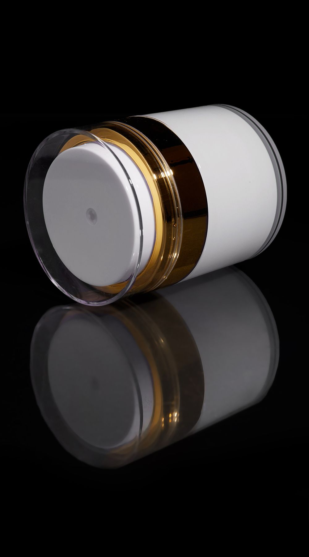 Echo 50 ML Airless Jar with Shiny Gold Collar