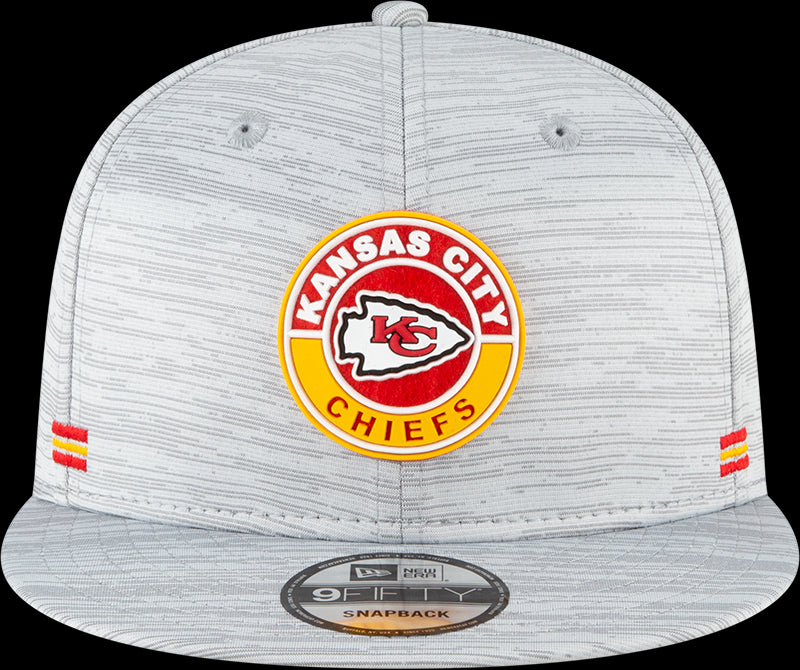 New Era NFL Men's Kansas City Chiefs 2020 NFL Sideline 9FIFTY Adjustable Snapback Hat
