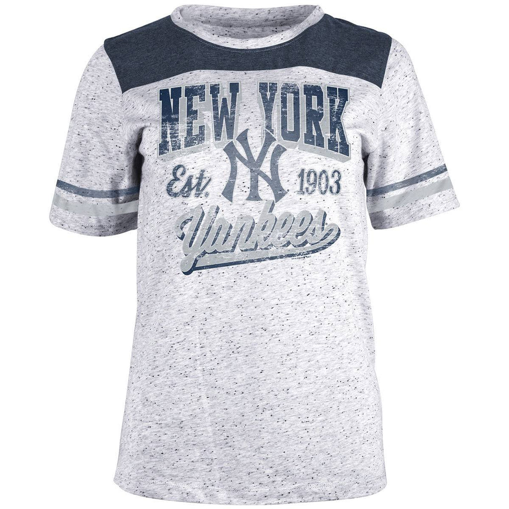 5th & Ocean MLB Women's New York Yankees Pepper T-Shirt