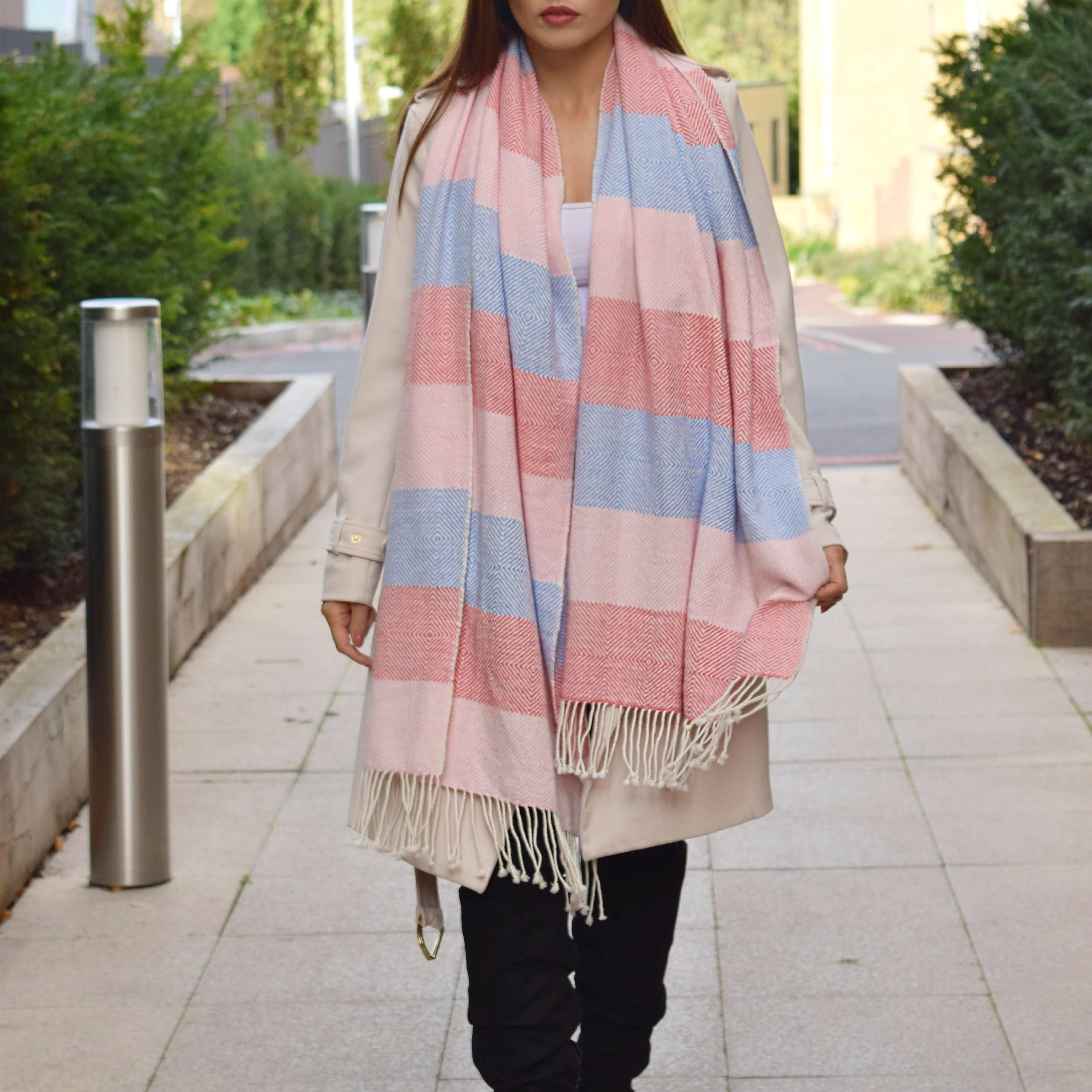 STRIPED OVERSIZED CASHMERE SCARF