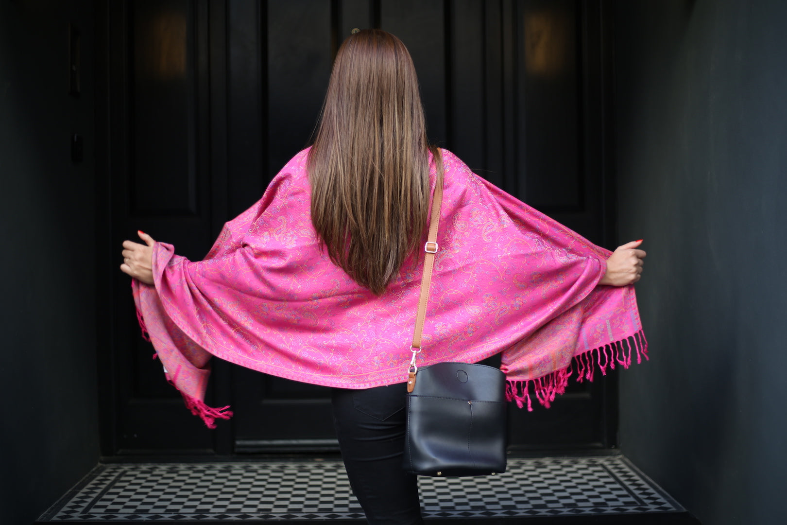 HONEYSUCKLE PINK SHAWL