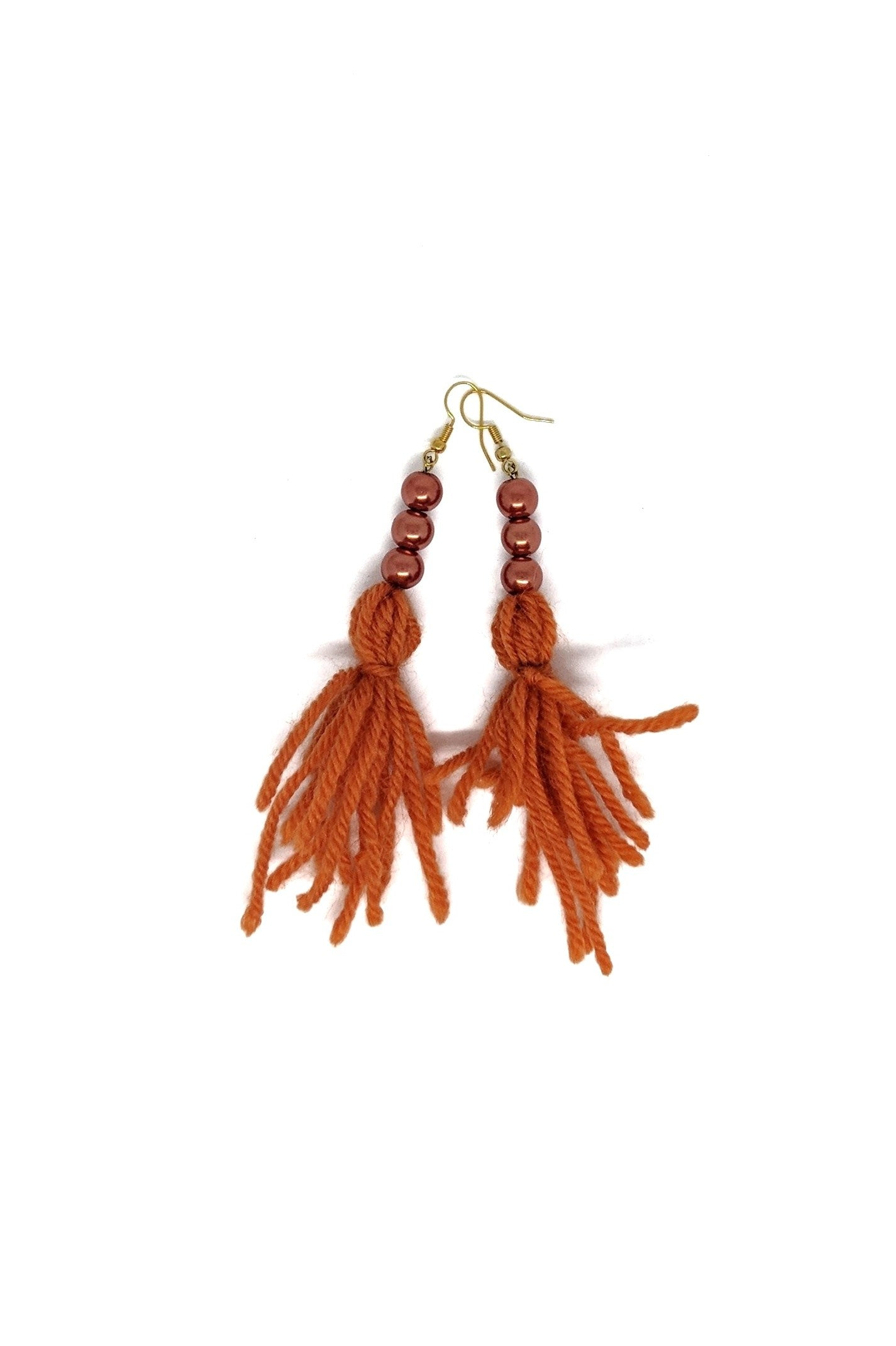 WOOL TASSEL DROP EARRINGS WITH PEARLS